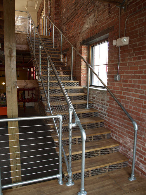 309 Pipe Rail Staircase Design Ideas & Remodel Pictures ...