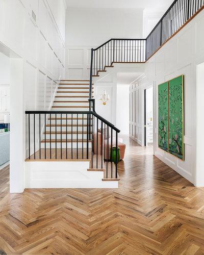 Klassisch modern Treppen by h design