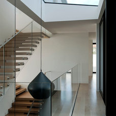 Contemporary Staircase by Daniel Marshall Architect