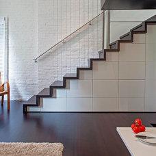 Modern Staircase by Specht Harpman Architects