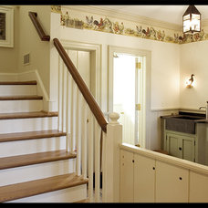 Traditional Staircase by Warren Claytor Architects, Inc.