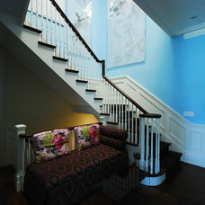 Contemporary Staircase by Deluxe Stair & Railing Ltd