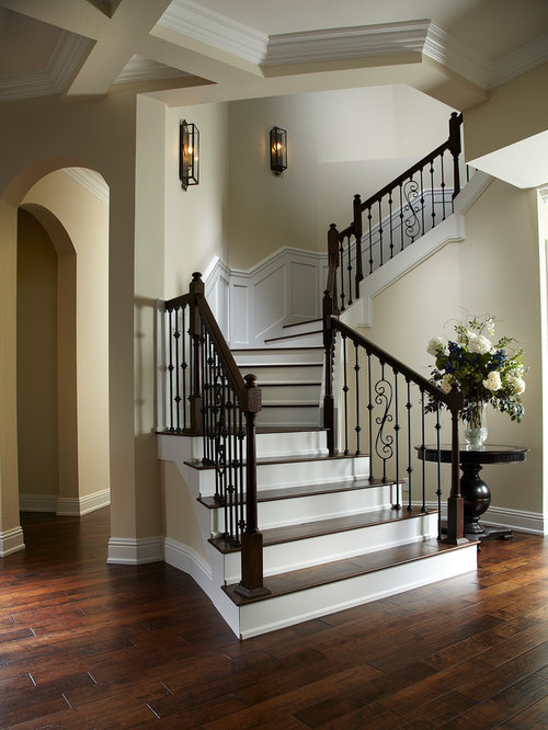 25 Best Curved Staircase Ideas Amp Remodeling Photos Houzz