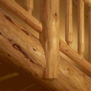 Diseño de escalera en L, rústica, grande, sin contrahuella, con escalones de madera
