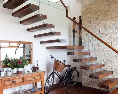 diseo de escalera curva rstica con escalones de madera de madera y