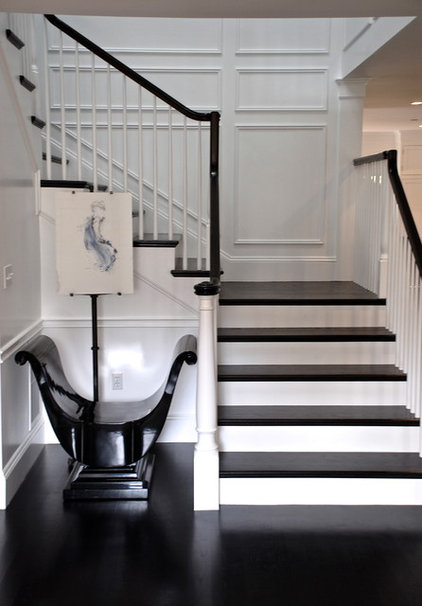 Traditional Staircase by Trinity Builders & Co. Inc.