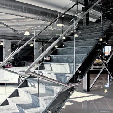 Mercedes-Benz Benzel-Busch dealership - Architectural glass railings