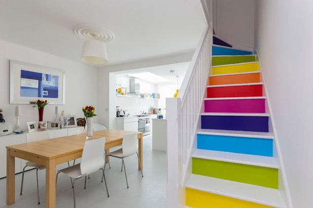 Contemporary Staircase by Design Squared Ltd