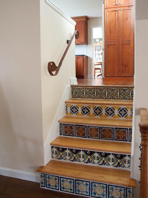 photos et id es d co de petits escaliers sud ouest am ricain. Black Bedroom Furniture Sets. Home Design Ideas