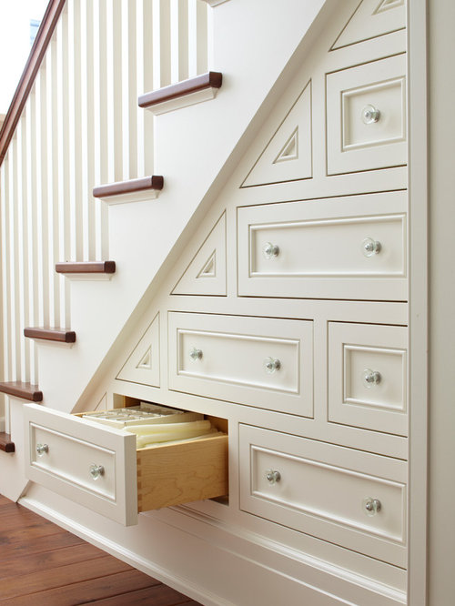 High Quality Traditional Wooden Staircase Idea In Chicago