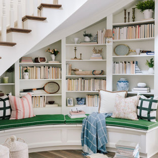 Staircase - traditional staircase idea in Minneapolis