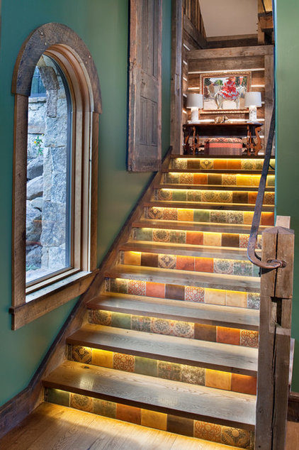Rustic Staircase by Copper Creek Homes, LLC