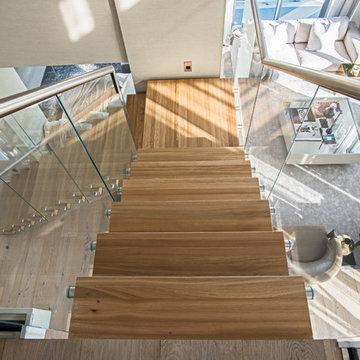 Modern Center Beam Staircase Collaboration