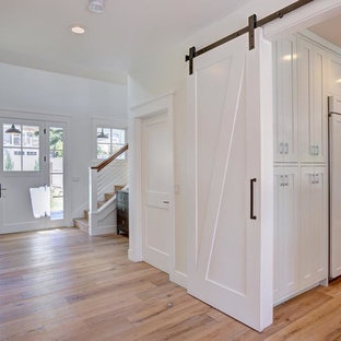 75 Beautiful Farmhouse Cable Railing Staircase Pictures ...