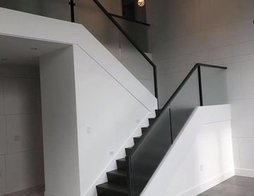 Modern Frosted Glass Panel Staircase