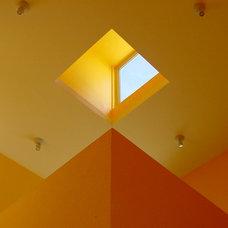 Modern Staircase by Ignacio Salas-Humara Architect LLC