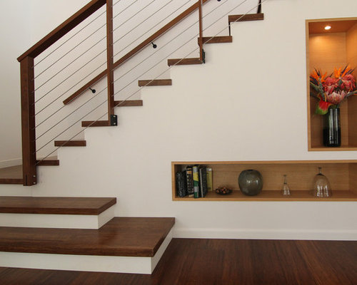 Modern staircase design ideas remodels photos for Gorgeous modern staircase wall design