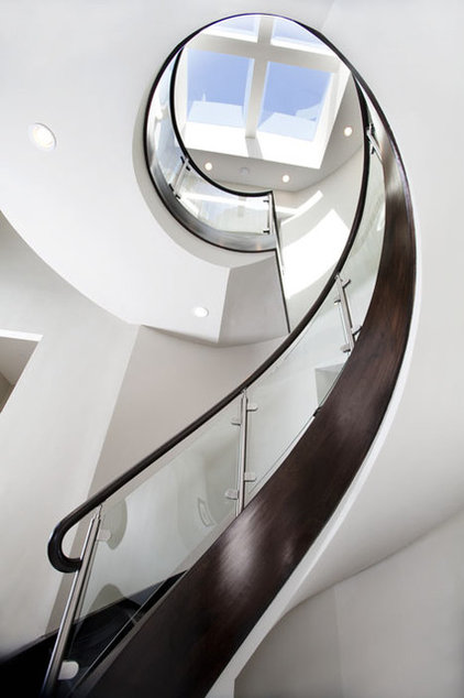 Contemporary Staircase by Mark English Architects, AIA