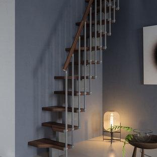 Foto de escalera recta, minimalista, pequeña, sin contrahuella, con escalones de madera y barandilla de madera
