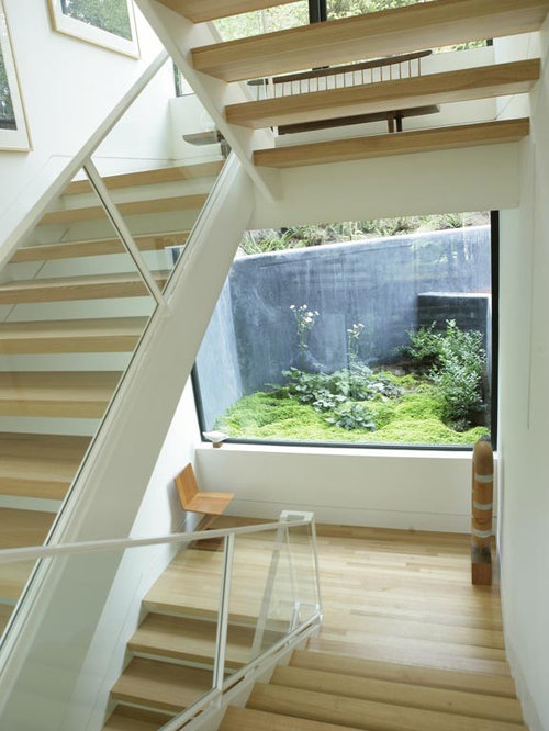 Hoke House Home Design Ideas  Pictures  Remodel and DecorMini st staircase photo in Portland