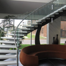 Modern Staircase by StainlessDreams® Ltd.