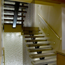 Modern Staircase by Ward-Young Architecture & Planning - Truckee, CA