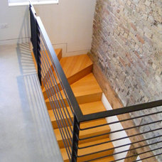 Modern Staircase by Door 13 Architects