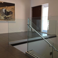 Modern Staircase by Ford Metro Inc