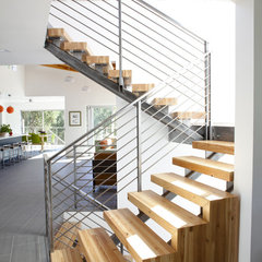 modern staircase by 360 design studio
