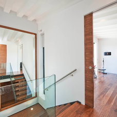 Modern Staircase by Luxe Interior International