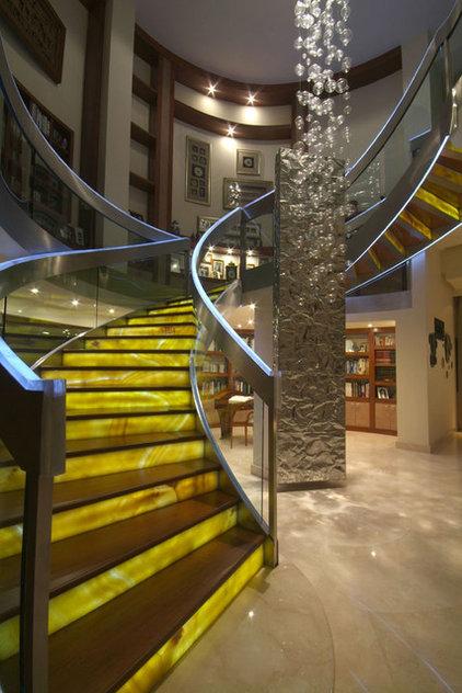 Contemporary Staircase by Aurelio Vazquez