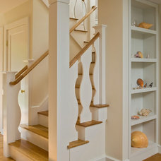 Beach Style Staircase by Polhemus Savery DaSilva