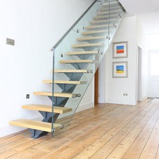 Contemporary Staircase by PAD Architects LLP