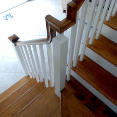 Traditional Staircase by JLC Architecture