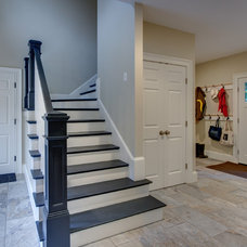 Traditional Staircase by Hawthorn Builders
