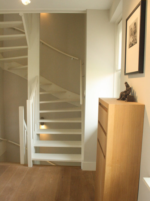 Small Staircase Home Design Ideas Pictures Remodel And Decor