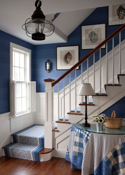 Traditional Staircase by Pinemar, Inc