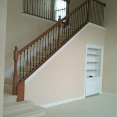 Traditional Staircase by Handypro of W-NW Columbus