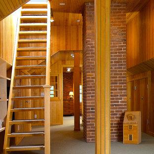 Modelo de escalera recta, marinera, sin contrahuella, con escalones de madera