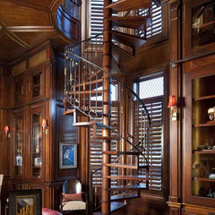 traditional staircase by Dallas Design Group, Interiors