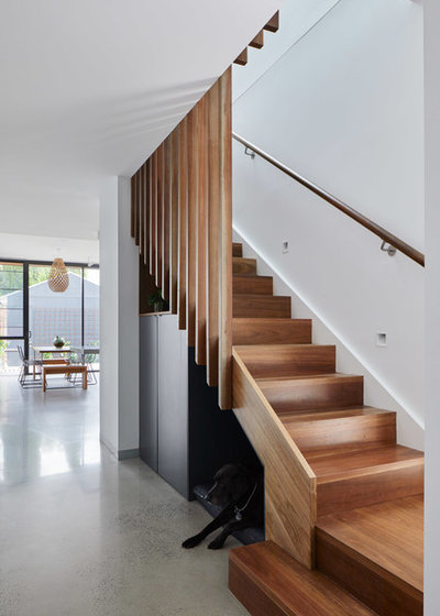 Contemporary Staircase by Rebecca Naughtin Architect