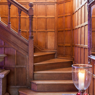 Design ideas for a traditional staircase in London.