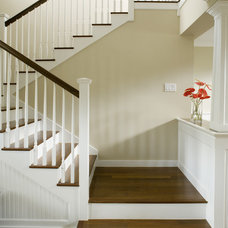 Tropical Staircase by Hawaii Architecture LLP