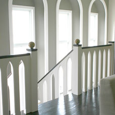 Traditional Staircase by Cadieux Woodworking Inc.