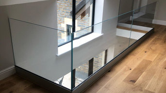 Oak Staircase, Landing and Balcony + Glass Balustrade