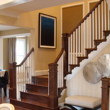Traditional Staircase by Loudoun Stairs