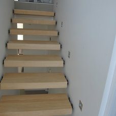 Modern Staircase by Top Flyte Systems