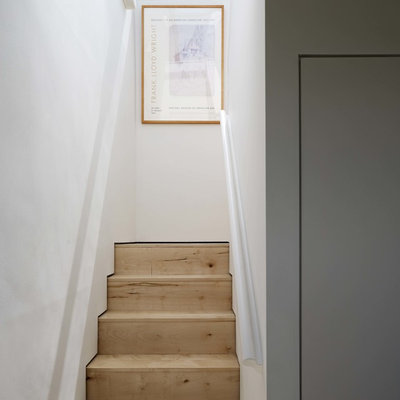 Contemporary Staircase by Stephen Turvil Architects