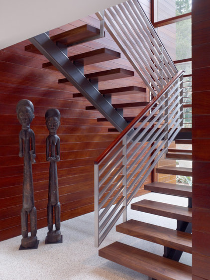 Contemporary Staircase by Swatt | Miers Architects