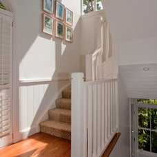 Beach Style Staircase by Annabelle Chapman Architect Pty Ltd